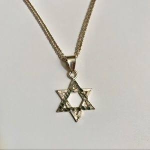"""Jewelry - 925 Sterling Silver Star of David  Necklace 16"""""""